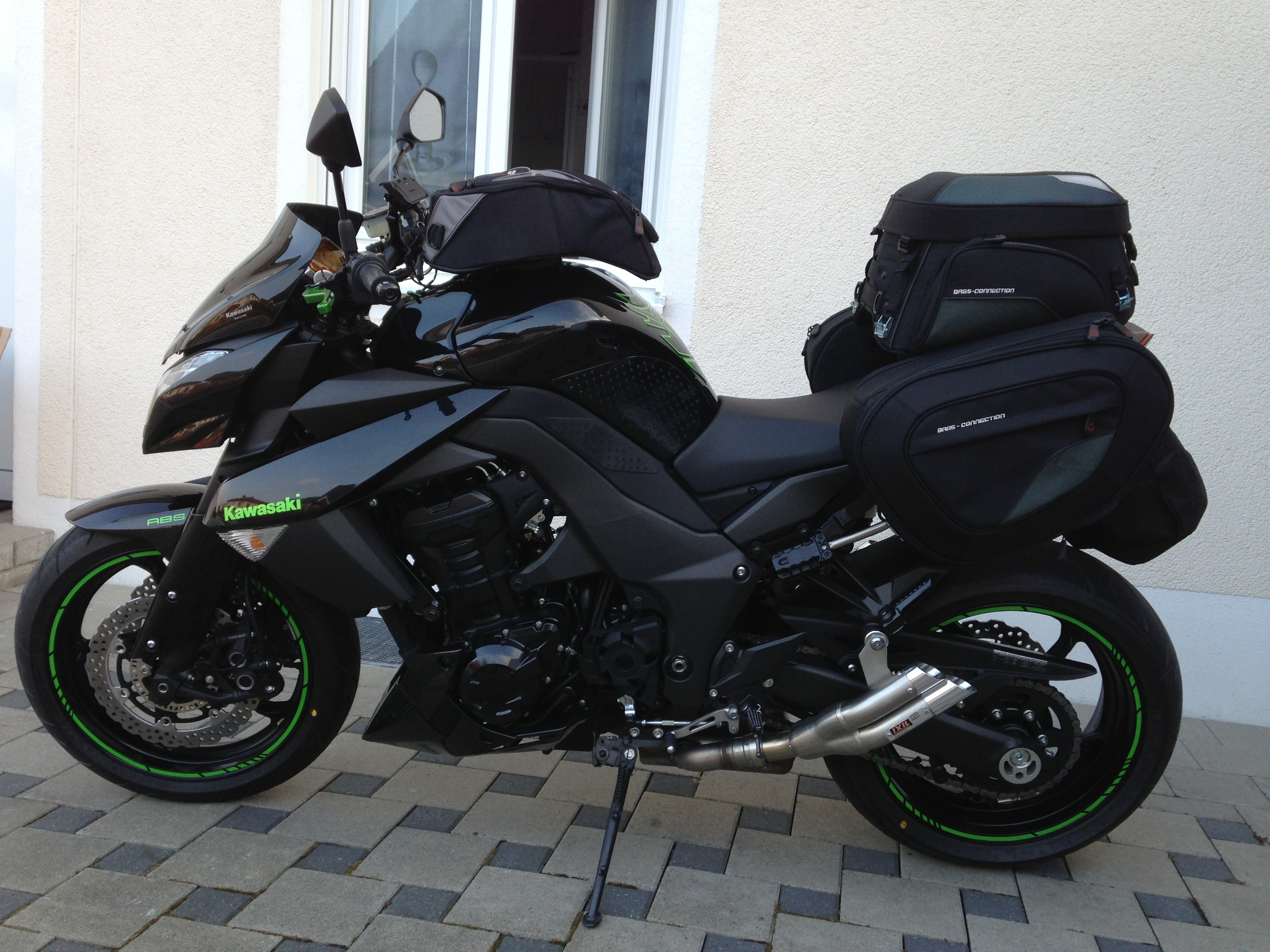 reisegep ck f r die kawasaki z1000 edigixxer. Black Bedroom Furniture Sets. Home Design Ideas