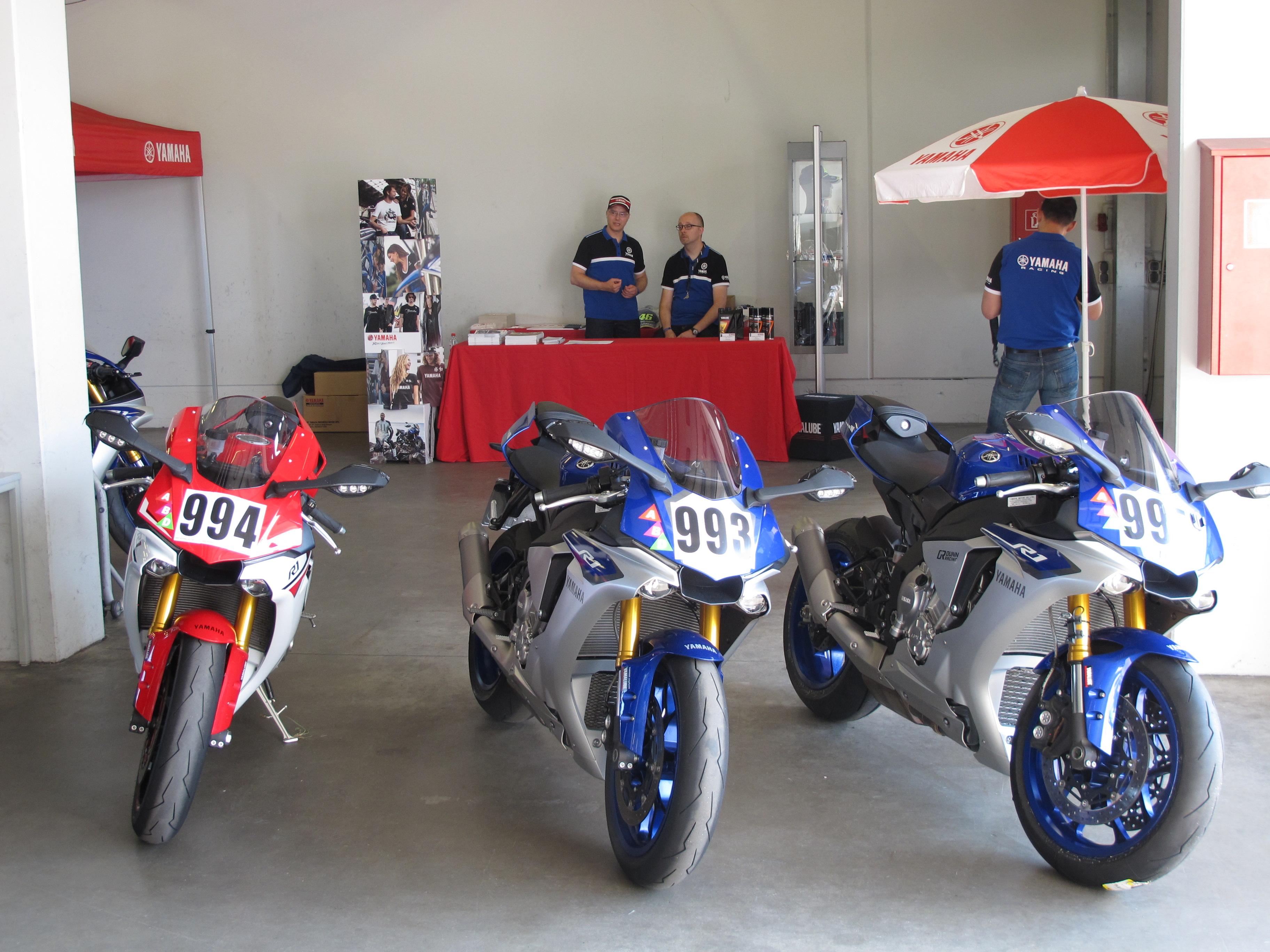 Yamaha Track Day 2015 – Nürburgring GP Strecke – Die neue Yamaha R1 ...